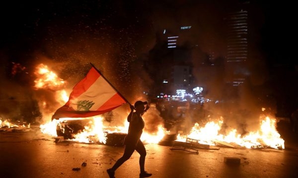 Storia di un fallimento: il Libano in bancarotta tra proteste e Covid-19